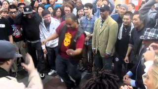 King Uprock vs Mr  Wiggles