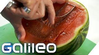 Wer schneidet am schnellsten Melone? | Galileo | ProSieben
