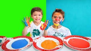 Brincando com Tinta e Aprendendo as Cores em Inglês | Learn Colors Body Paint