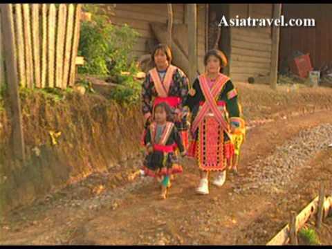 Village Life, Thailand by Asiatravel.com