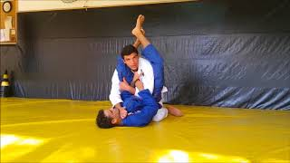João Gabriel Rocha analisa o ataque e a defesa do triângulo no Jiu-Jitsu