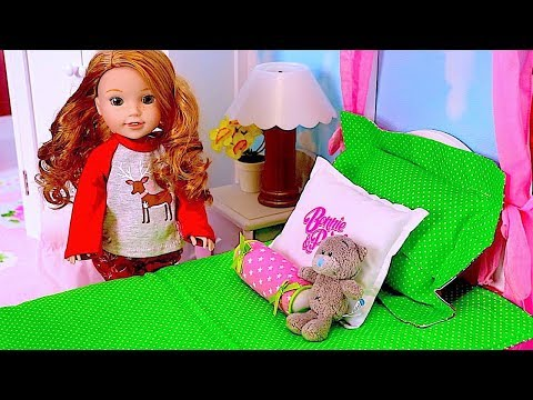 Baby Doll Wellie Wishers Evening Routine in American Girl Doll Bathroom W/ Pink Bubbles by Play Toys