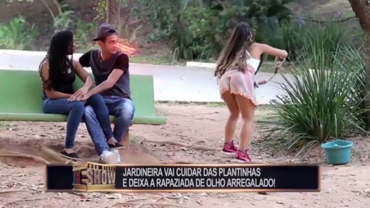 Brazilian woman prank big ass Boy Looking To Girls Ass Redetv Ao Vevo Redetv New Prank Youtube