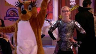 Лив и Мэдди - Руни-кенгуруни (Сезон 1 Серия 5) l Хеллоуин вместе с Disney l Игровые сериалы Disney