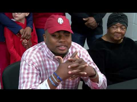 Warren Wide Receiver Treylon Burks on Signing with the Hogs