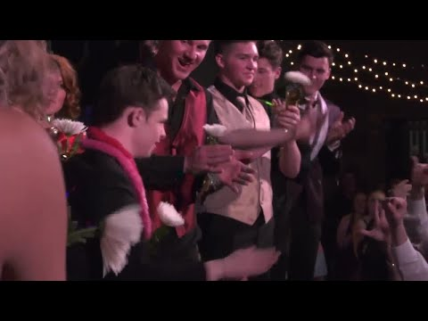 Teen with Down syndrome crowned prom king at Bozeman High School