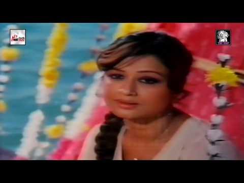 RUT AAYE RUT JAYE RE - NAYYARA NOOR - AAHAT - PAKISTANI FILM SONG