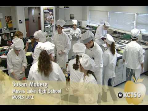 2006 Golden Apple Award Winner: Susan Moberg