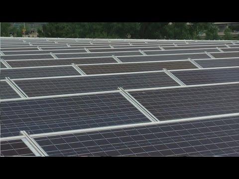Minneapolis, Xcel Energy Team Up To Go Solar At Parade Ice Garden