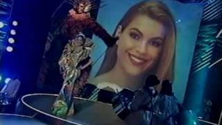 MISS UNIVERSE 1999 Parade Of Nations ( 1 / 2 )