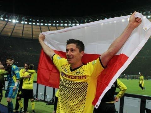 Gol Lewandowskiego przeciwko Hannover 96 (2:0)