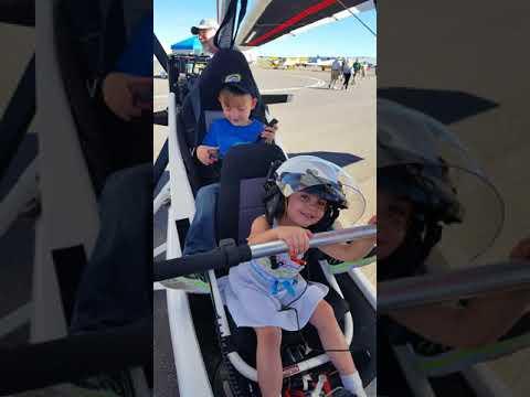 Double Eagle II fly in 2017 Child Trike pilots