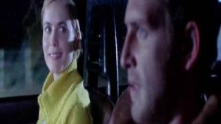Radha Mitchell and Josh Lucas  in When Strangers Appear (2001)