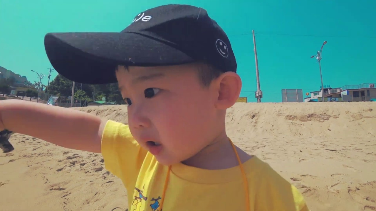 [공룡왕미니] 첫번째 여행영상 #삼척여행 오랜만에 가족여행으로 다녀온 삼척! 날씨도 좋고 기분도 좋고 이래저래 좋았던거야~~!! 풍경에 감탄 주의!! 보너스영상 주의!! ㅎ
