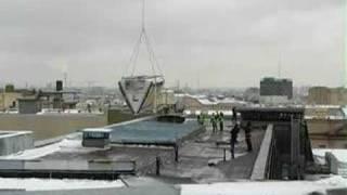 Монтаж системы кондиционирования Daikin с вертолета, Москва(Монтаж системы кондиционирования и вентиляции на крыше одного из зданий в центре Москвы, февраль 2008 год...., 2008-06-09T12:17:30.000Z)