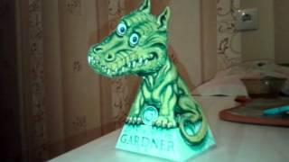 Он следит за тобой! Супер иллюзия динозавр