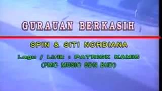 Achik Spin & Siti Nordiana - Gurauan Berkasih (Versi Karaoke)
