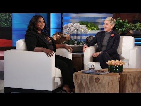 Octavia Spencer's Commando Conversation with Casey Affleck fragman