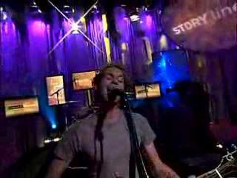 Bain Mattox performs SLOWPOKE