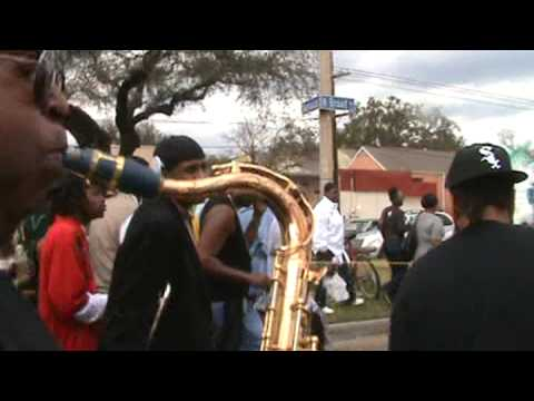 TREME SIDEWALK STEPPERS SECOND LINE 2009 - featuring Kevin Harris and other Sixth Ward musicians