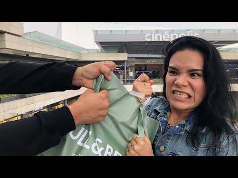 GUERRA DE COMPRAS CON PRODUCCION (El Compra Mis Cosas y Yo Las Suyas) | AnaNana TOYS