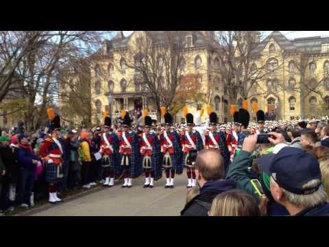 HD - Notre Dame Marching Band Step Off March to the Stadium - Fight Song (HD Version)