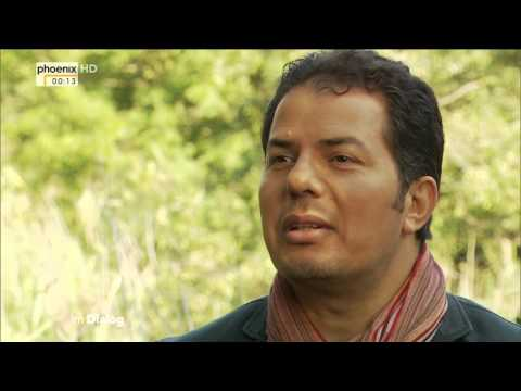 Im Dialog: Michael Krons mit Hamed Abdel-Samad am 26.09.2015