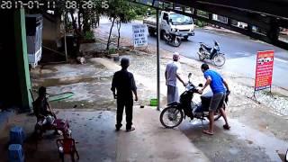 VIDEO: Cảnh sát đuổi bắt cướp như trong phim tại Lạng Sơn