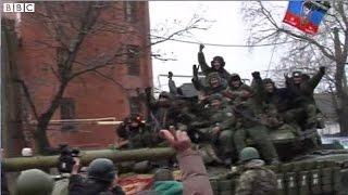 【BBC】 ウクライナ情勢混沌 親ロ派が空港ターミナル奪還