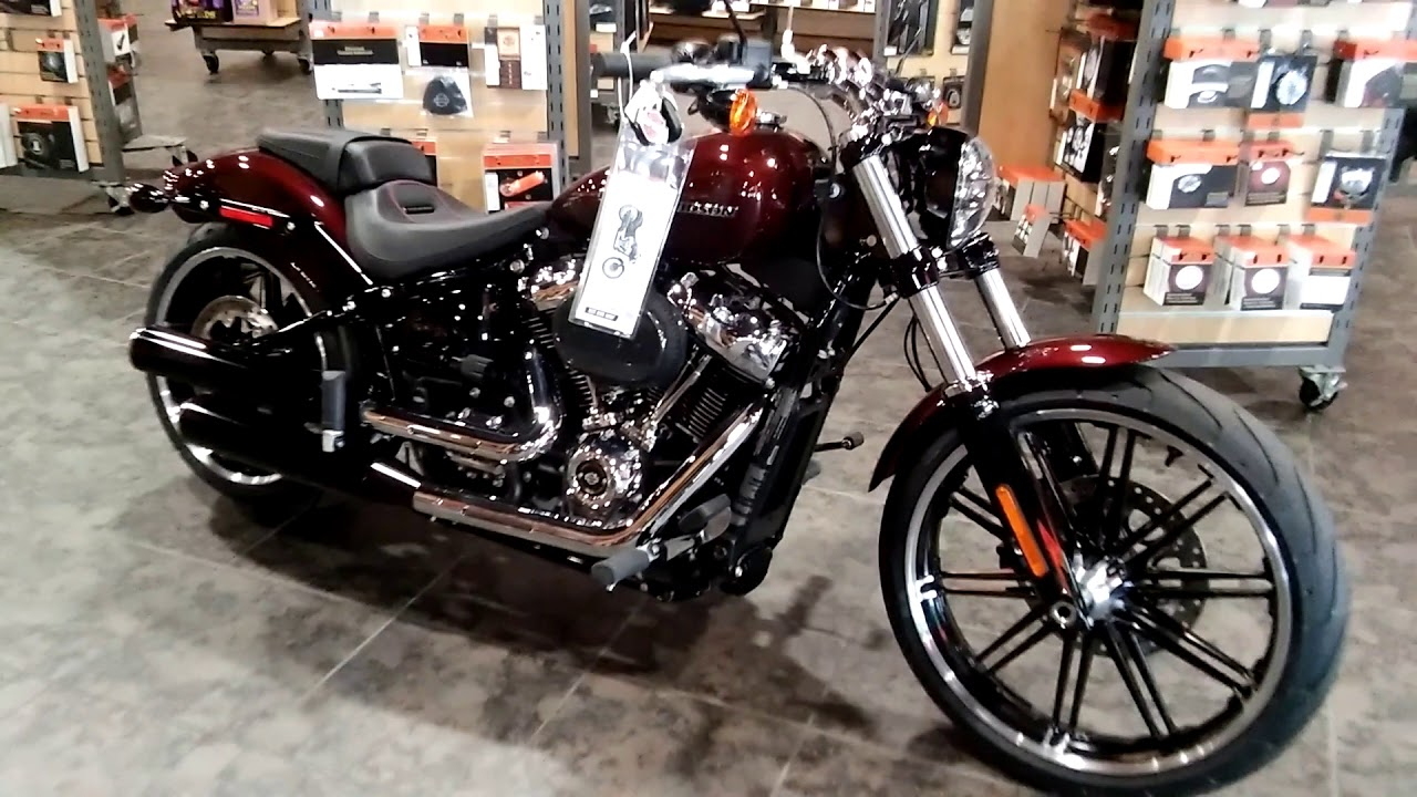 2018 Harley-Davidson Softail Breakout motorcycle information-Prices-for sale