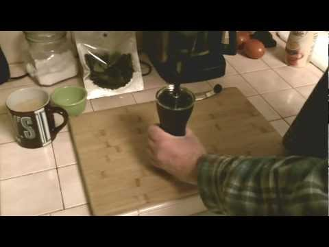 Hario MSS-1B Mini Mill Slim Coffee Grinder Modified using cordless drill.