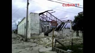 Demolición sin medidas de seguridad en Bejucal, Cuba