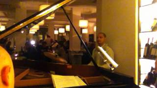 Roberto Andreucci -In a sentimental mood (Duke Ellington) Golden View Open bar 9 ottobre 2011