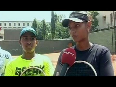Sania Mirza's historic achievement: Fans ecstatic