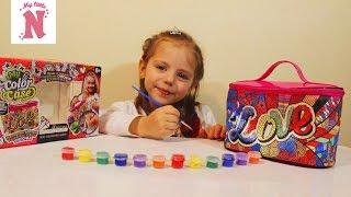 COLOR CASE Расписная сияющая косметичка Настя разрисовывает сумочку Видео для детей