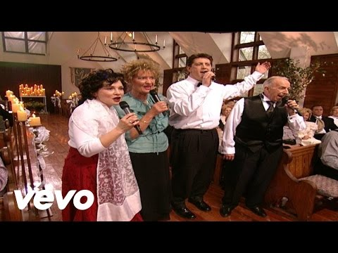 Bill & Gloria Gaither - When the Roll Is Called Up Yonder [Live]