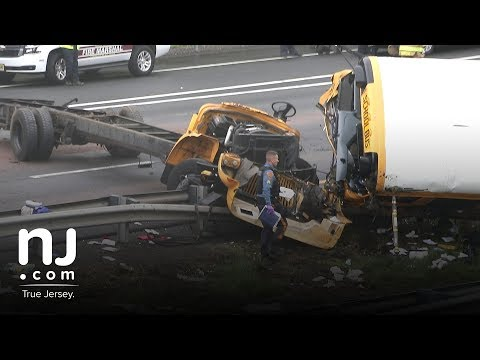 Raw video: School bus accident on Route 80 - YouTube