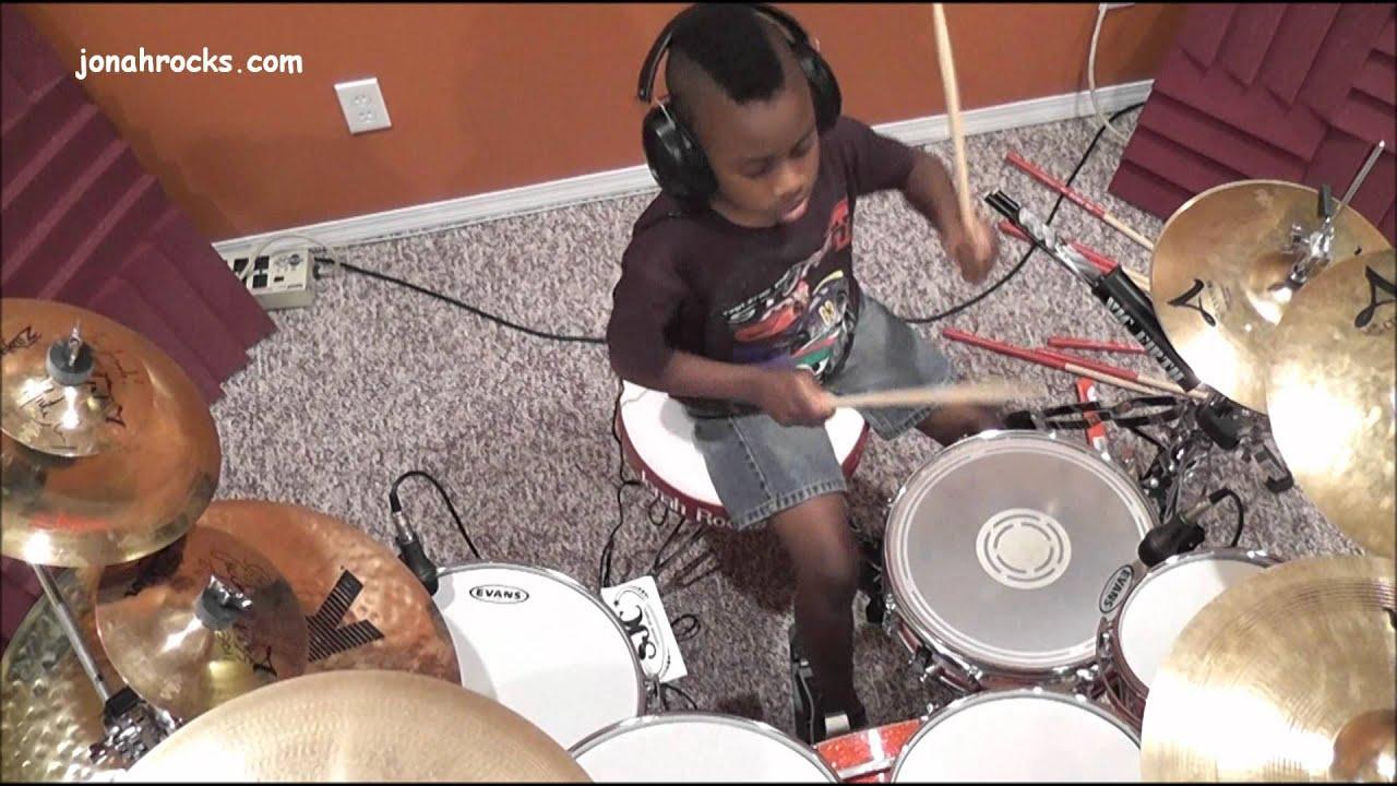 avenged sevenfold bat country 7 year old drummer jonah rocks youtube. Black Bedroom Furniture Sets. Home Design Ideas