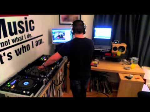 Madman & Stevie Berrington TomDJ radio Sunday OldSkool show 10-3-2013