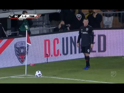 Wayne Rooney Corner Kick Crossbar 17/10/2018