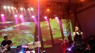 Jaci Velasquez - On my Knees - GODSTOCK 2011 - Live at João Pessoa