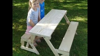 Kids 2-in-1 folding picnic table and bench seat
