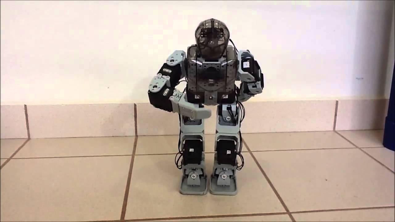 Rutinas de coordinación piernas para un robot bípedo