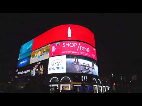 Sight and Sounds of London UK (Piccadilly Circus to Shaftesbury Avenue Night Walk)