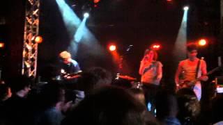 """Celebrate"" - Stereofish à la Flèche d"