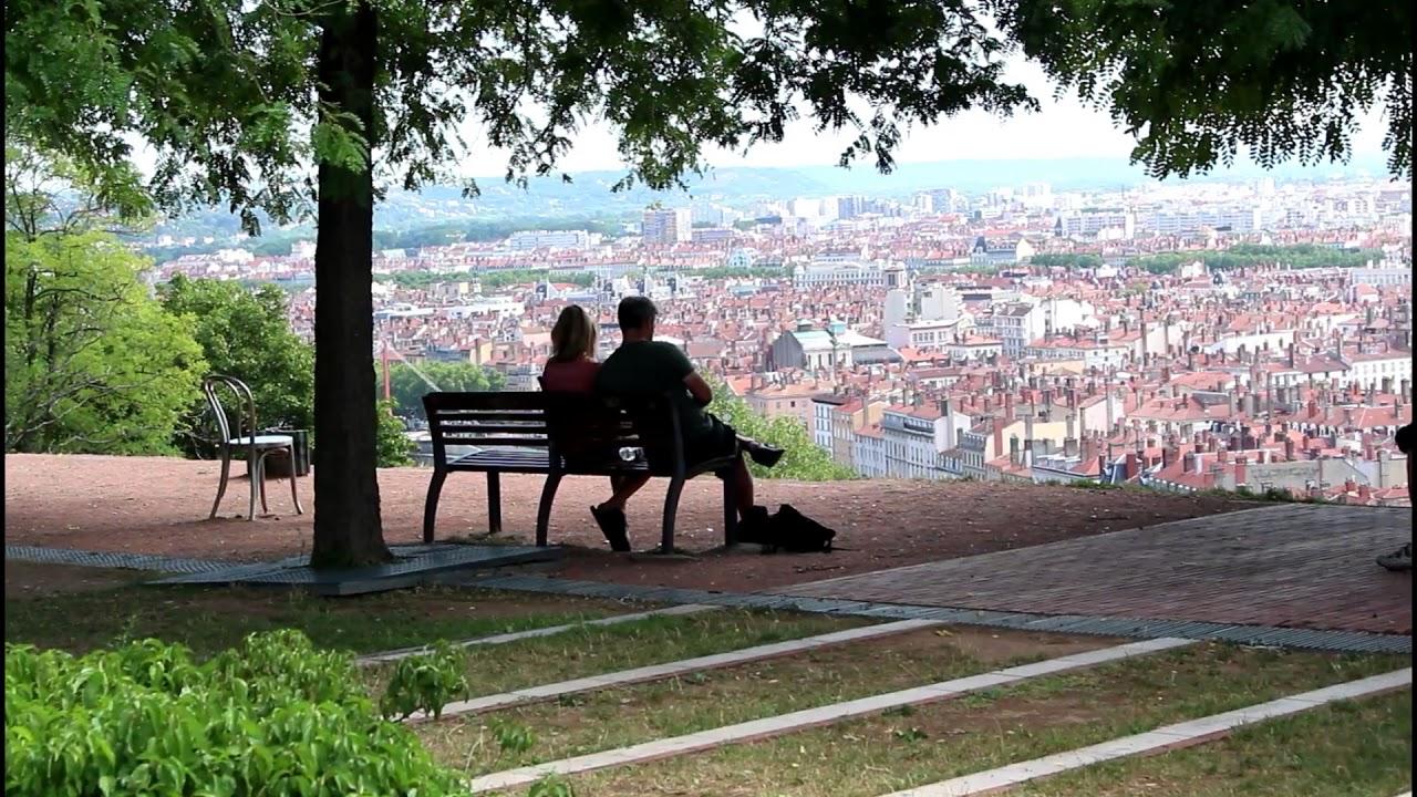 Le jardin des Curiosités - Parc - Lyon 5 - YouTube