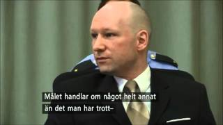 Breivik gör hitlerhälsning