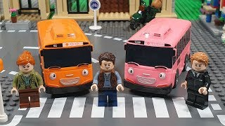 TAYO the Little Bus Toys Play at the Lego City sets | Stop motion animation | 4K
