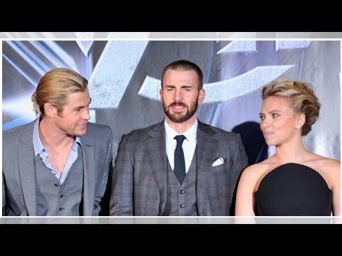 El tatuaje que comparten Scarlett Johansson, Chris Hemsworth y Chris Evans