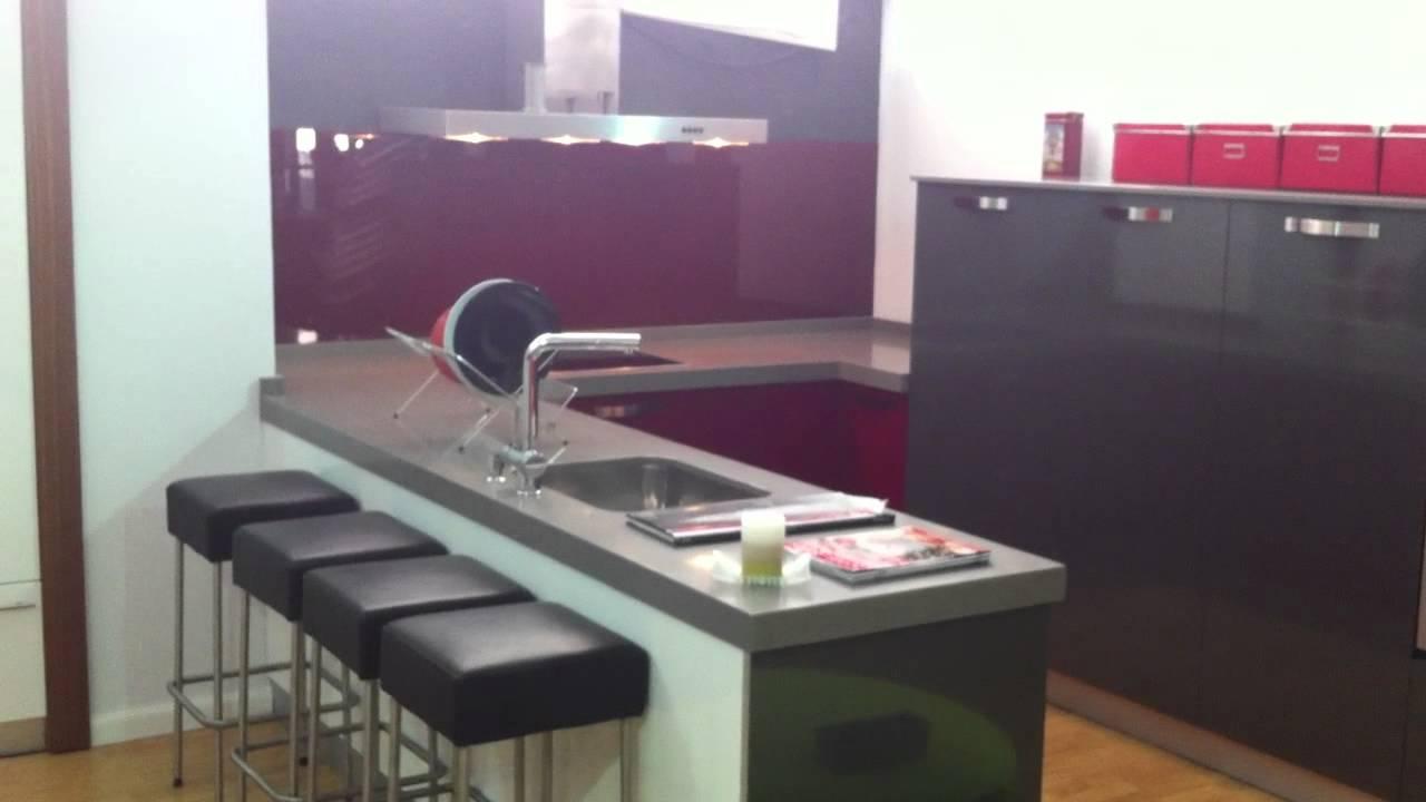 Cocina con frente de cristal youtube - Frente cocina cristal ...
